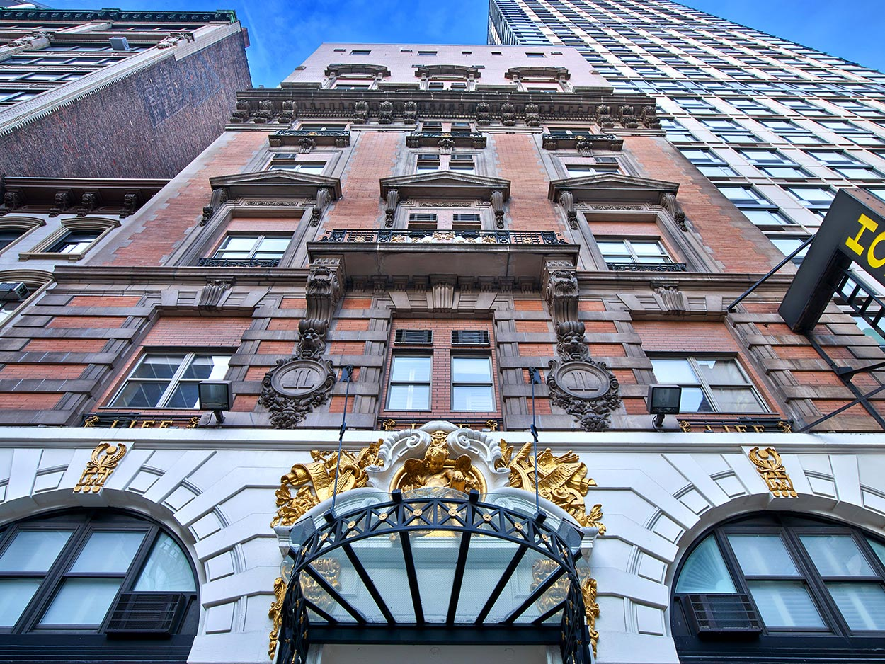 The Life Hotel NYC